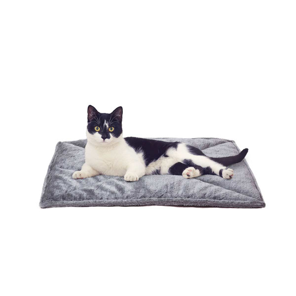 Gray FurHaven ThermaNAP Faux Fur Self-Warming Mat