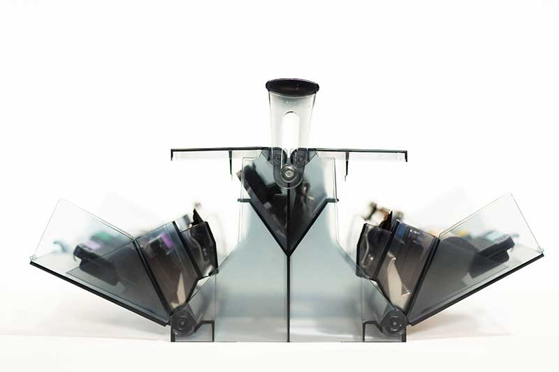 Wahl Total Solutions Organizer Conveniently Holds All Blades and Combs